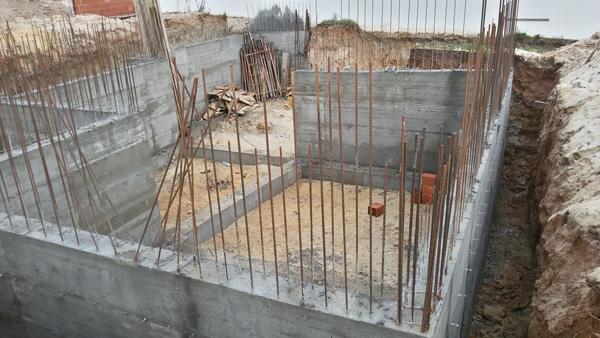Construção de moradia.